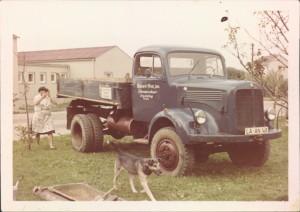 Erster Lastwagen Mercedes Benz LAK 321